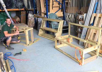 pallet furniture hire, manufacturing pallet benches